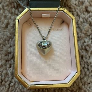 Juicy couture pearl heart necklace